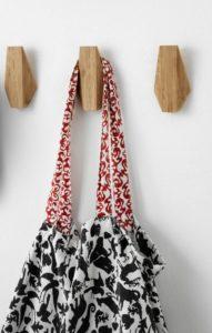 SKUGGIS-patere-Crochet-IKEA-bambou-petits-budgets