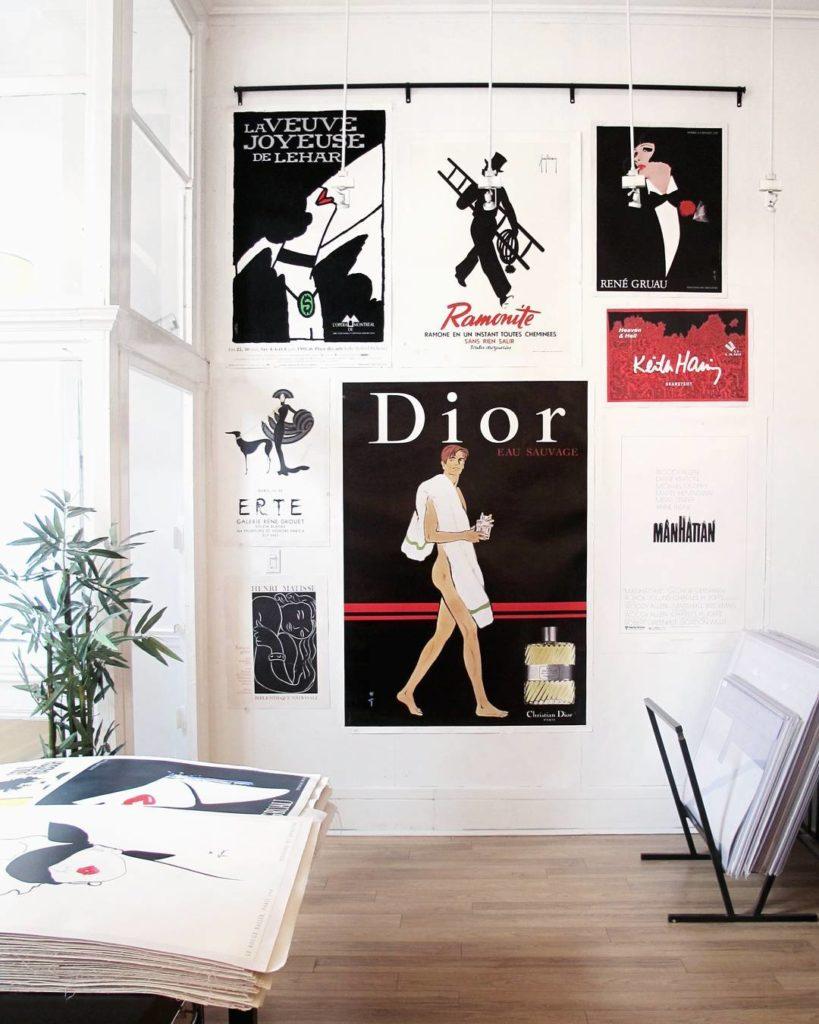 mur-de-cadre-affichiste_affiches-authentiques-et-originales