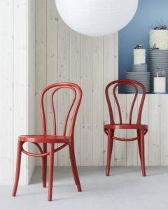 chaises-en-bois-scandinave-nordique-ikea