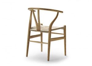 chaises-en-bois-scandinave-nordique-salle-a-mangerCH24_Wishbone-Chair_Carl_Hansen