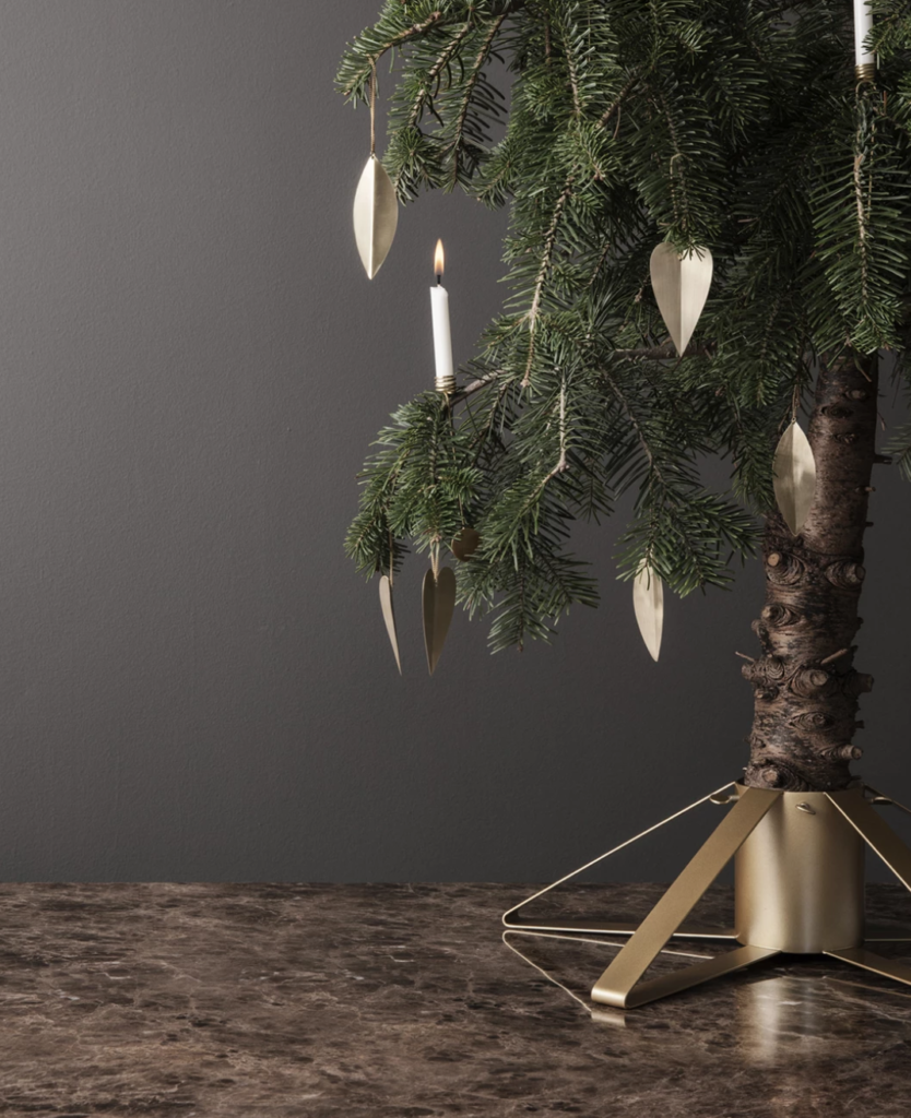 collection-noel-fetes-fermliving-pied-support-sapin-laiton-21